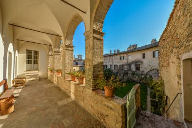 BEVAGNA: PRESTIGIOUS HISTORICAL MANSION OF ROMAN ORIGINS FOR SALE, FOLIGNO, PERUGIA, PALACE, GARDENS, HANGING GARDENS