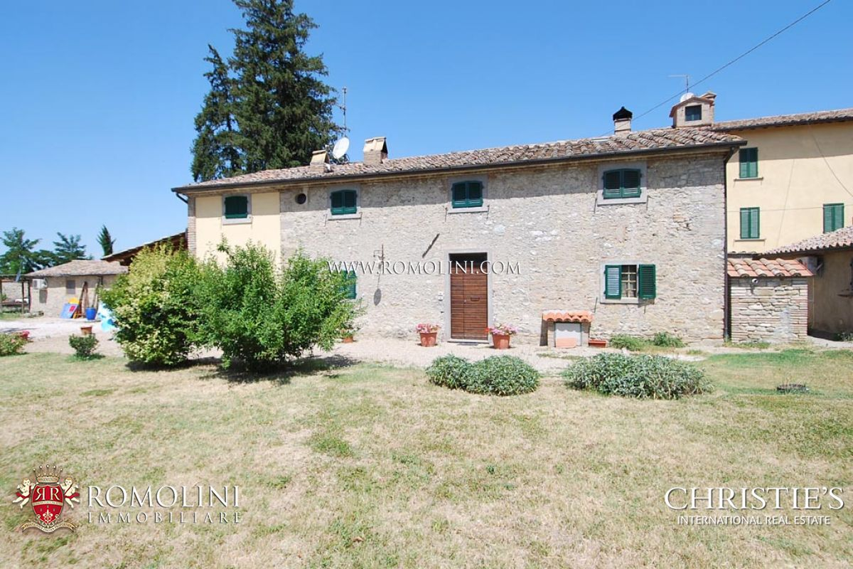 MANOR VILLA FOR SALE IN UMBRIA