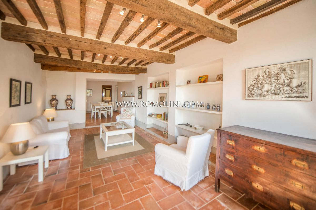 Apartment for sale just outside the historical center, Anghiari