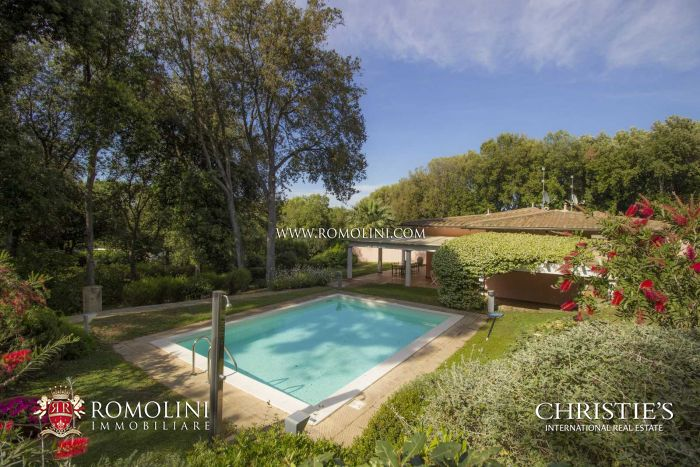 VILLA FOR SALE IN PUNTA ALA, TUSCANY
