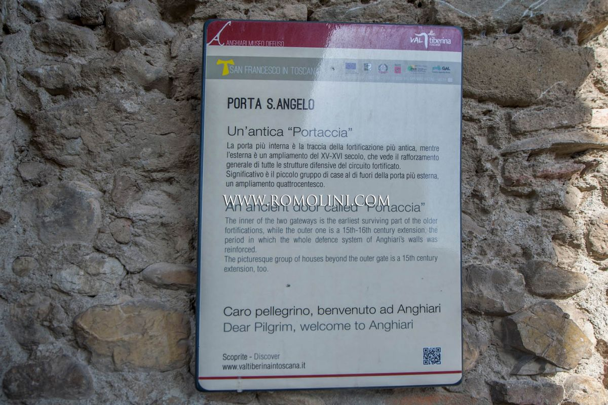 ANGHIARI: APARTMENT WITH PANORAMIC TERRACE ON THE RAMPARTS