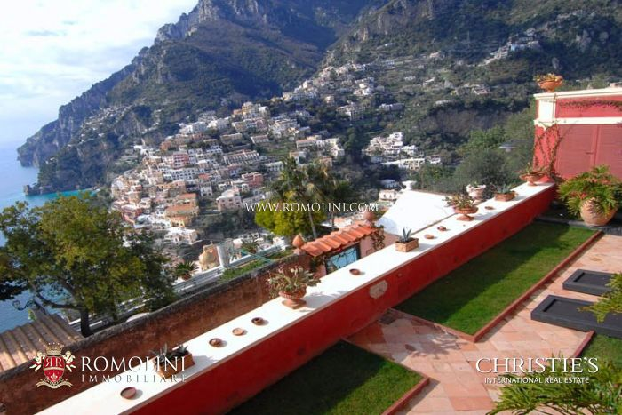 AMALFI COAST: POSITANO LUXURY VILLA FOR SALE.