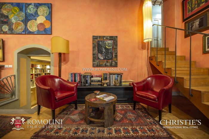 APARTMENT WITH ELEVATOR FOR SALE CITTÀ DI CASTELLO UMBRIA