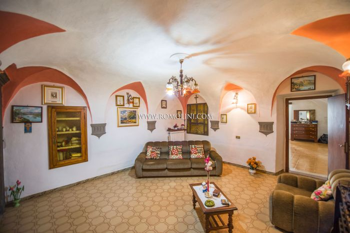 2-BEDROOM APARTMENT FOR SALE IN THE HISTORIC CENTER OF SANSEPOLCRO