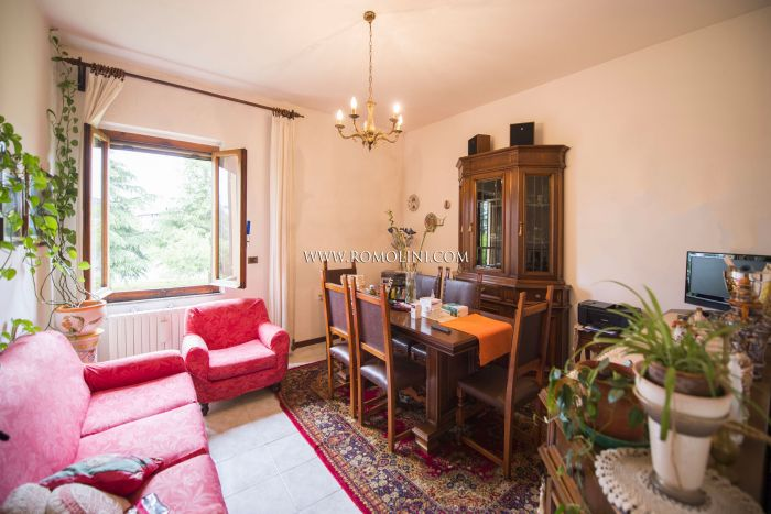 2-BEDROOM APARTMENT WITH GARDEN FOR SALE IN SANSEPOLCRO, TUSCANY