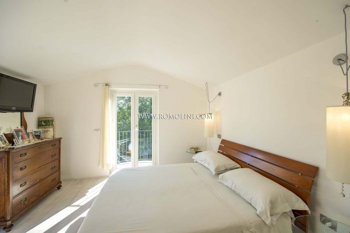 DETACHED VILLA FOR SALE IN MONTERCHI, TUSCANY