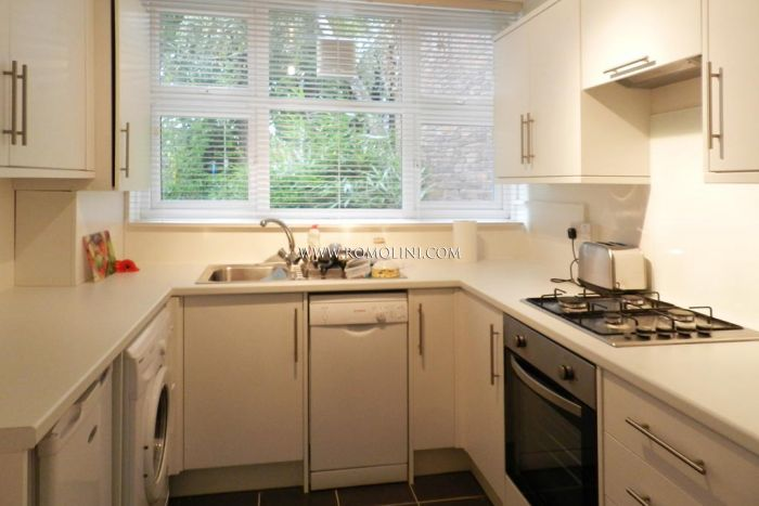House for sale in London - Battersea