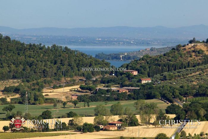 Farmhouse for sale Trasimeno Lake