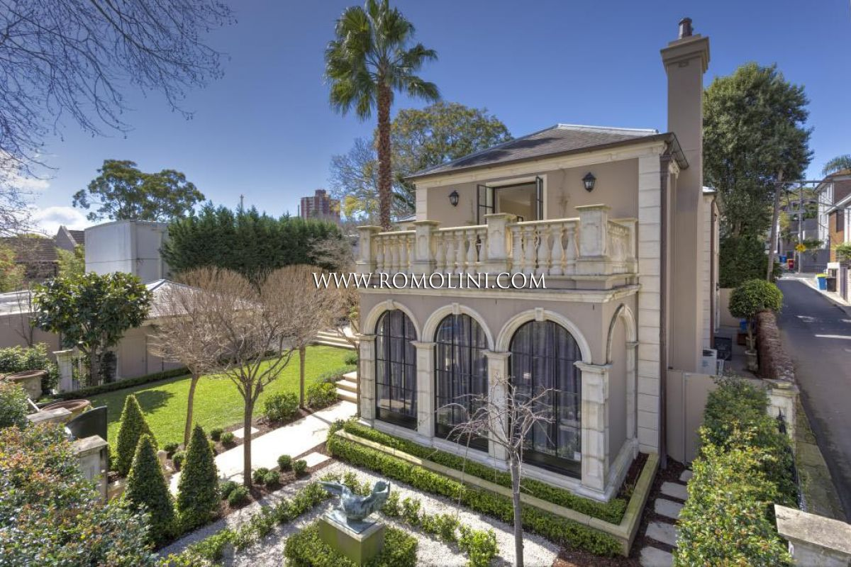WOOLLAHRA VILLA: LUXURY VILLA FOR SALE IN SYDNEY, WOOLLAHRA
